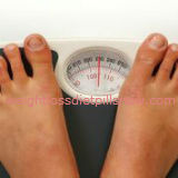 how to weigh yourself accurately